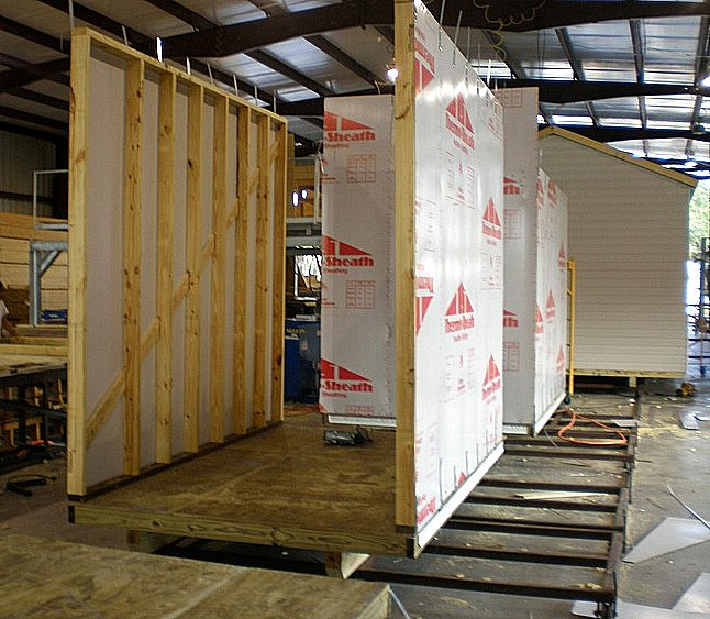 Production suncrestshed for Thermo ply structural sheathing