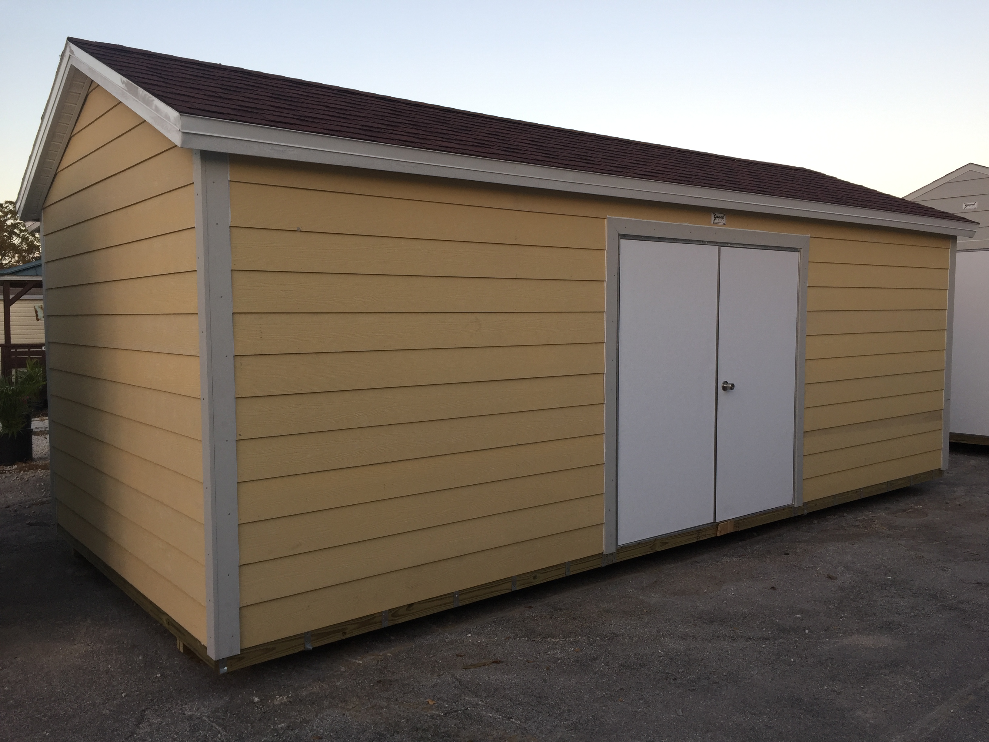 10x22 , hardie plank , overhang