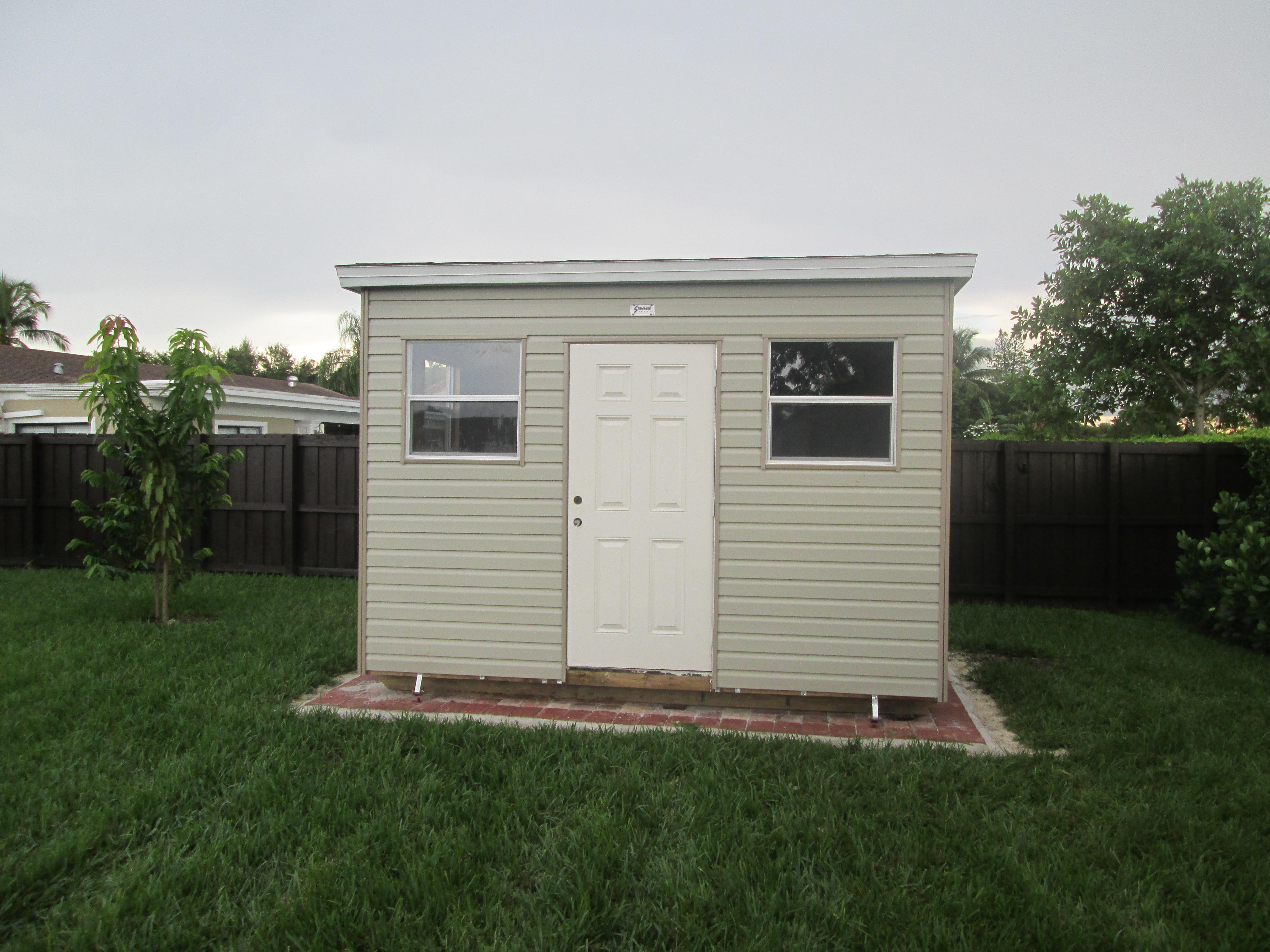 8x14 , 8 walls, home doors