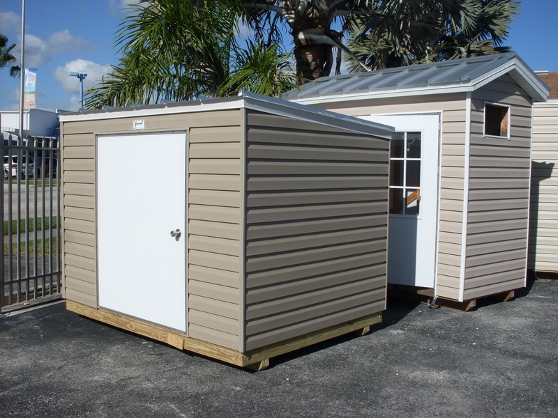 6x8 low profile with a 5' tall door / Reverse single gable