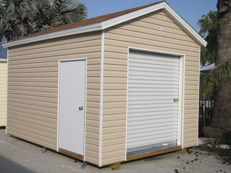 10x14 with 8 foot walls / Garage doors / workshop