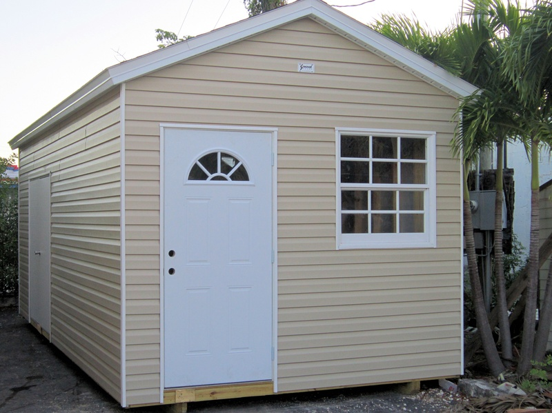 10x24 with home door and window / 8 wall